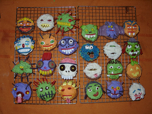 20 oct 2010 0419 16k halloween bonecos de 20 oct 2010 0419 135k halloween cupcakes d 20 oct 2010 0753 12k halloween cupcakes d